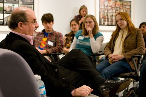 Salman Rushdie having a discussion with Emory University students.